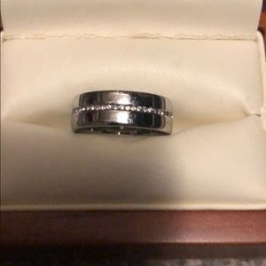 Silver band with clear crystals size 7
